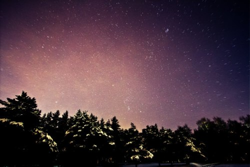"how much stars we can't really see, due to light pollution of the cities?   ~43 frames stacked in Lighten mode. stationary star - Bethelgeuse. one of the frames.    Canon 7D, 10-22mm8"", f/3,5, ISO1600Urban area, massive light pollution :(     Tallinn, Estonia, 29.01.2011"