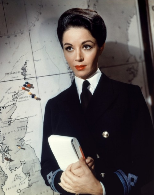 Dana Wynter in Sink the Bismarck! (1960), a WW2 movie Image Source: Tout Le Cine