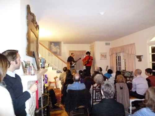 "David Berkeley in October 2011 at our first ""outsourced"" concert, at Geri Critchley's house in Washington, DC."