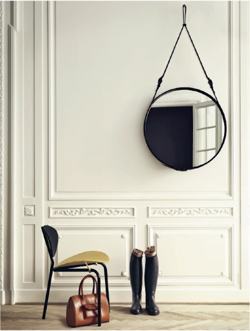 mirror / chair
