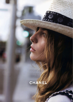 notesondesign:  chanel