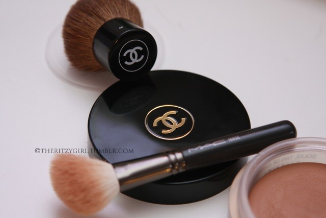 Chanel Kabuki, Chanel Bronze Universal, MAC 168 Contour Brush. Taken by Lina @ http://theritzygirl.tumblr.com/