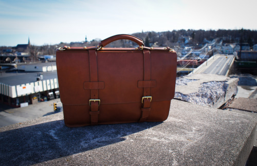 for when i'm an accountant. anchordivision:  Frank Clegg Leatherworks - The American Briefcase This slightly wedge shaped briefcase has a more contemporary feel than the English Brief. With its more angular features, it evokes a more edgy style which will surely please those who like to mix both modern and classic. All the products are made in my Fall River, Massachusetts workshop by a team who share the pride of these quality products.