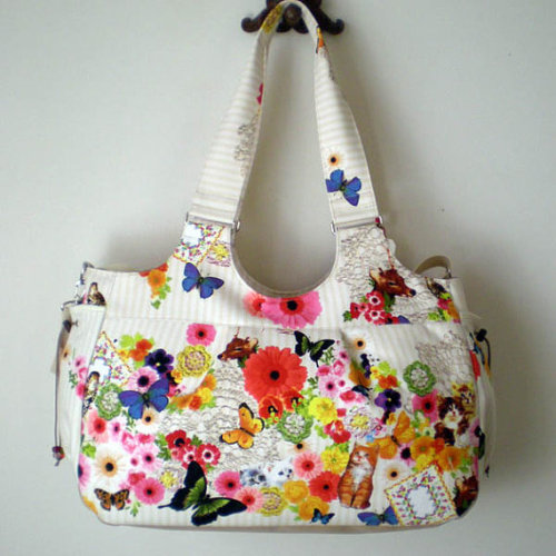 (via Large zippered two ways bag for mother / travel/ gym by tagodesign)  This bag is totally ridiculous. I hope someone finds this and buys it so that I don't have to.