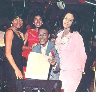 oldschoolsoulfan89:  Marvin and the Supremes. From a soulful detriot thread.