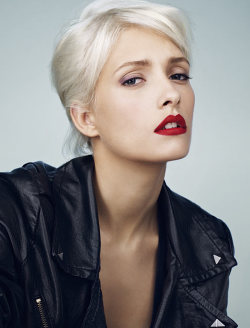 Those red lips are killer.  Justine by Terry Gates for Glamour France