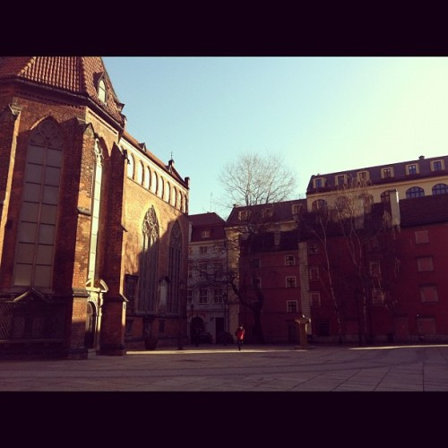 pieceofnami:  Sunny morning in #wroclaw (Taken with instagram)  Wroclaw it is just too beautiful…