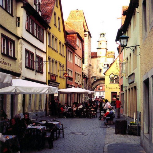 Street cafe in Rothenburg, Germany