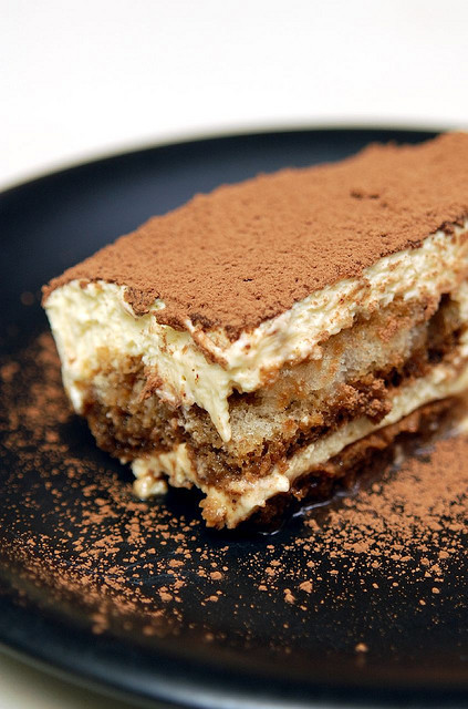 Shirley's Tiramisu by Herman Au - http://www.hermanau.com on Flickr.