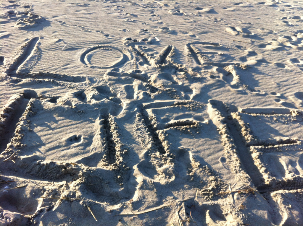 We left this message after running at the beach yesterday.  (it was 20 degrees out, but still glorious!)