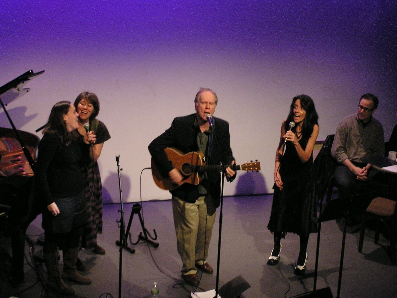 Suzzy Roche, Loudon Wainwright, Martha Wainwright, and Lucy Wainwright belt out an amazing tune at last night celebrating the release of Suzzy's new novel, Wayward Saints.  A truly lovely night of music, words, and art.