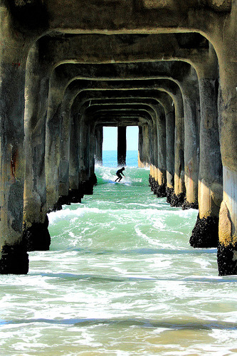 carryfiasco:  shooting the pier (by 6' above sea level)