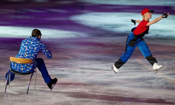 mattstopera:  Ice dancing is so weird (via Photo from Getty Images)