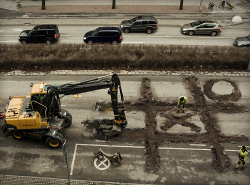npr:  Tic Tac backhoe? This may or may not be real, but it's still cool. — Tanya