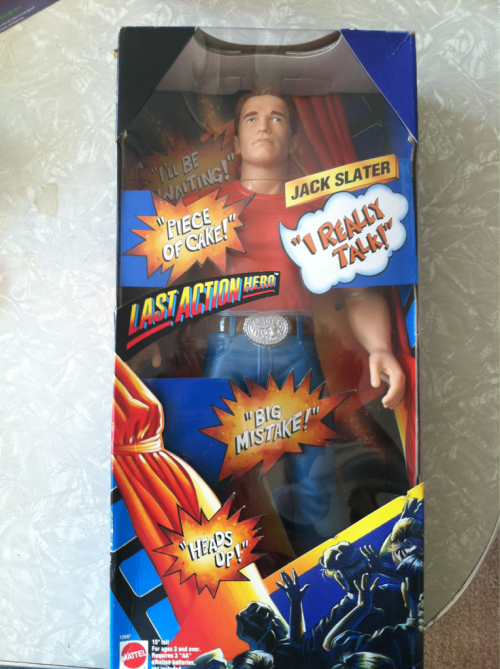 Omg what is this I need it. I do have a little Arnie figure from Last Action Hero with karate chop action that a pal gave to me years ago… but it doesn't talk. ;__;