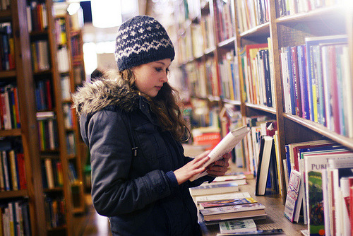 prettybooks:  Through a book store we go. (by jesuismeganjean)