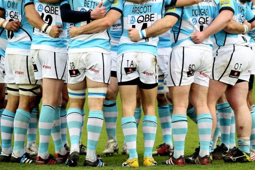giantsorcowboys:  Team Work The Worcester Warriors need it, after they went down 41-14 to the Saracens. Nice glutes, though.    'form an orderly queue, the others did a nice queue'