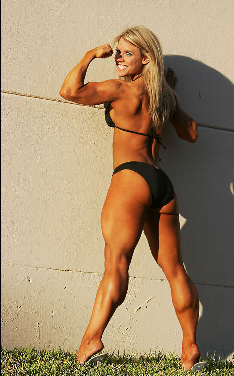fbbmusclefan:  muscularbabes:  Vanessa Boswell  @Dannonyogurt @Fit_women_tweet @FitGirlPics @sexygymchics #muscle #FemaleMuscle #musclepics #fitness #amazon #ripped