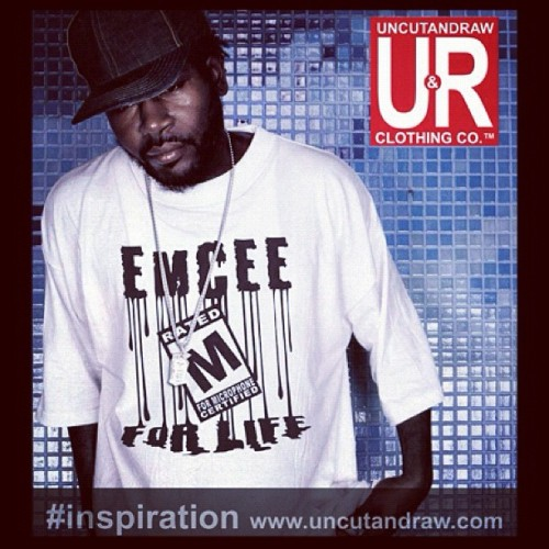 #inspiration #uncutandraw #graffiti #art #hiphop #rapper #graphic #tees #streetwear (Taken with instagram)