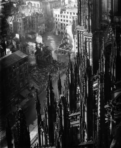 Karl Hugo Schmölz, Cologne Cathedral, 1947