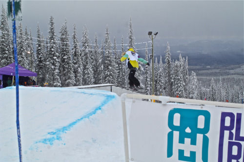 Hey everyone, I recently covered the 2012 Rugged Riders Kinky Rail Jam at Big White! To get the full story on how the event went down check out www.ruggedriders.com or click on the photo for a straight link. Rugged Riders is an all girls riding outfit that is perfect for any girl looking to shred with fellow ladies. Here's Laura Price with a front board on one of the many features.