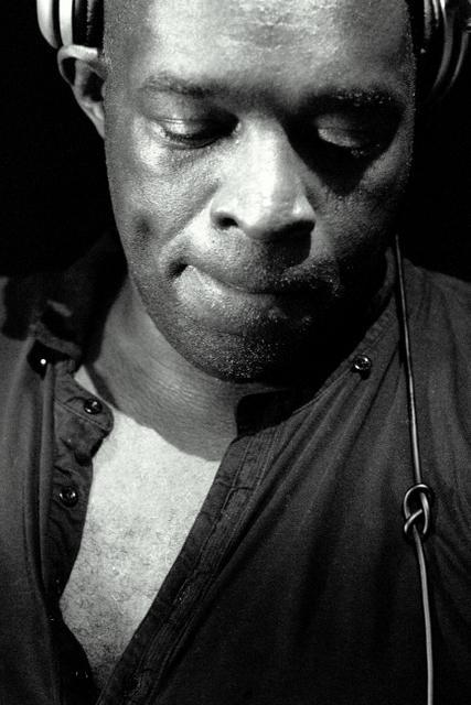 "Kevin Saunderson - 6 Mix - 1.15.12 Detroit techno don, Kevin Saunderson takes over the 6 Mix for two hours of musical inspirations and current club favourites. Alongside Juan Atkins and Derrick May, Kevin Saunderson is widely  regarded as one of the originators of Detroit techno. The trio, known as  The Belleville Three, met in high school and quickly developed a love  for electronic music, which developed in to making their own  productions. In 1987, Saunderson ended up ""accidently collaborating""  with Paris Grey and, in turn, the group Inner City was born, creating  worldwide hits such as Big Fun and Good Life. Alongside running his label KMS, Saunderson is still very active on  the DJ circuit and with productions; during this programme you can hear  the new Inner City track Future, alongside tracks that have influenced  him musically and some of his current dancefloor favourites. TRACKLIST: Influences:  Cerrone — Supernature  Stephanie Mills — What Cha Gonna Do with My Lovin' (12"" Version)  Chaka Khan & Rufus — Ain't Nobody  Hashim — Al-Naafyish (The Soul)  Kraftwerk — Computer World 2 (Alternate Version)  New Order — Blue Monday  Cybotron — Alleys of Your Mind Kevin Saunderson's 60 Minute Mix:  Ben Sims — I Wanna Go Back  Unknown Artist — Groove Mechanism  Brandon DeCarlo — Doldrums (Unreleased)  Nuggetz — House Republic  Cosmin TRG — Izolat  Unknown Artist — Pneumatic  Reese & Santonio — The Sound (Remix)  Antonio De Angelis — Desperados  George Morel — Let's Groove  Westboy — Michelle's Song (Pirupa and Pigi Remix)  Todd Terry — Party People  DJ John 'Julius' Knight — Larry's Jam  Kweku Saunderson — Innuendo  DJ Shakur Feat. Beatriz Sandoval — Eres Mi Musica  Budai and Vic — Funk (Mike Newman Remix)  Brandon DeCarlo — Swinging At Shadow (Unreleased) Current Club Favourites:  ATFC — I Called U The Conversation (ATFCs Heated Conversation)  J Paul Getto — Imma Let You Know (Original Mix)  Doomwork — Ram Bam (Original Club Mix)  Adam Port — The American Dream (Original Mix)  Kevin Saunderson — Future feat Inner City (Kenny Larkin Tension Mix)  Brandon DeCarlo — Forever And A Day DOWNLOAD HERE"