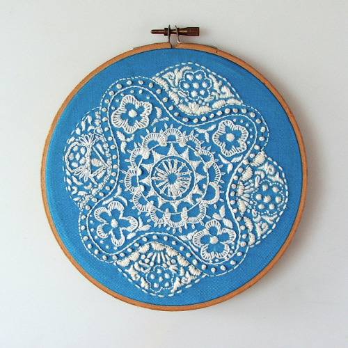 everyonedies:  embroidery inspiration!  thejoysofjess, This one's for you!