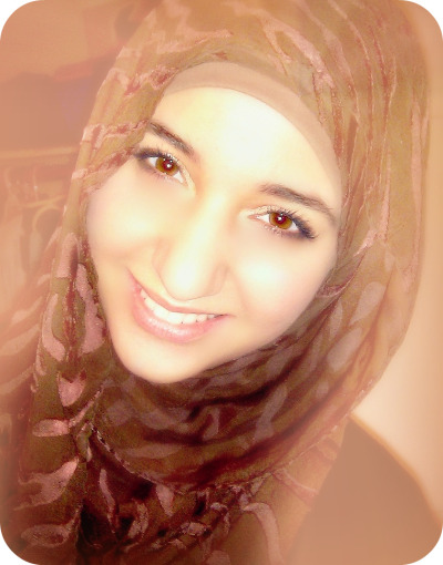 "Hijab Photo Competition (HPC) IIContestant #25: Razan Muhtaseb from United StatesReason for why your photo represents ""A True Hijabi"": The Reason why my photo represents a true hijabi is because of the way I choose to dress. I dress to please Allah (SWT). He has put me on this earth and has given me clear instructions on how to dress and act. I dress modestly for the sake of Allah (SWT) and that is why I dress the way I do. Alhamdulilah, the right way."
