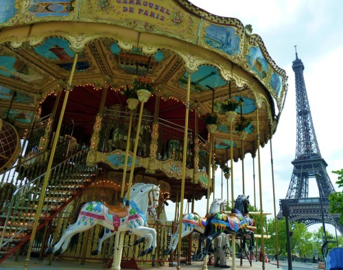 Carousel de Paris.