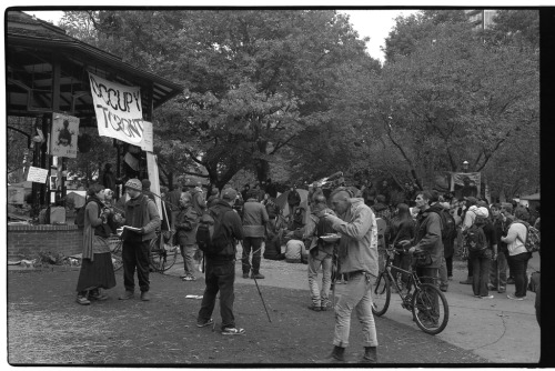 sstphoto:  Gazebo: pre-fortification #OccupyTO