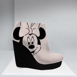 chandelierdreams:  (via Fashion / Minnie Mouse Wedges!!)