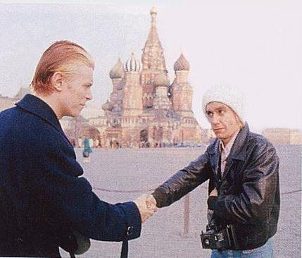 David Bowie and Iggy Pop - an unexpected meeting in Moscow, 1976.