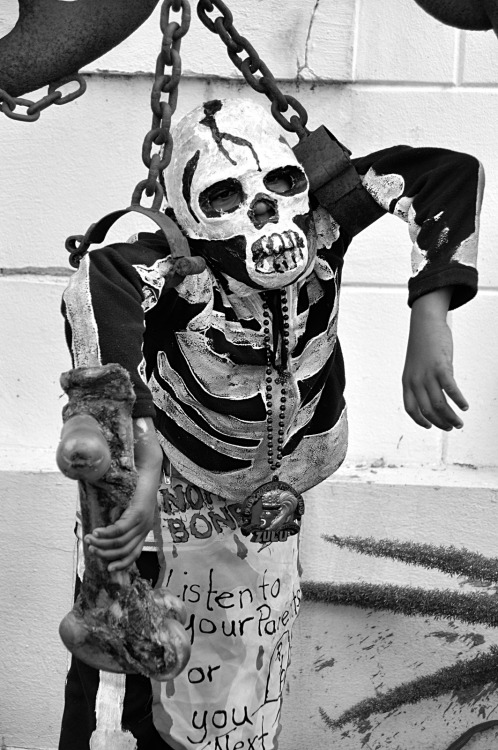 "photography: diallo ""deedy"" posing skull and bone gang circa '11"