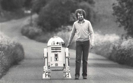 250577:  One of the very first R2 prototypes, in a rare photo from before it got weathered and beat-up. (via Interview with Tony Dyson, the man behind Star Wars' R2-D2 – part two - Boxwish)