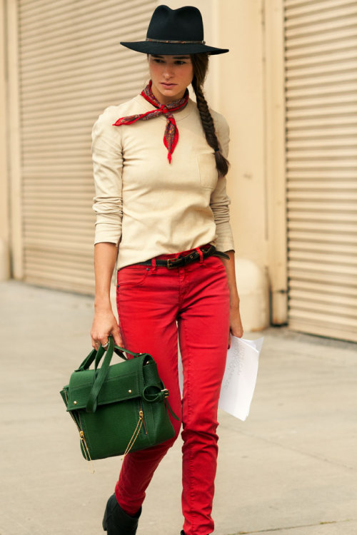 iloverunways:  (via MARINA MUÑOZ | Citizen Couture)  dat bag!