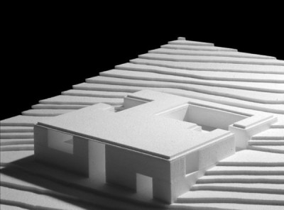 archimodels:  © aires mateus - house in serra d'aire - porto de mós, portugal - 2002  uhhh this looks like my final project