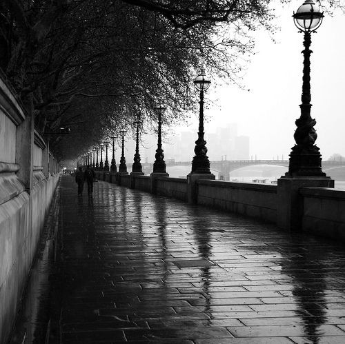 Rain in London by: unknown  via: favim.com