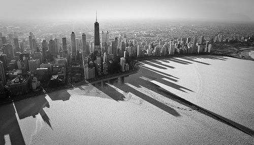 atavus:  Chicago's Frozen Shadows by mreioval   Looks awesome!