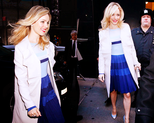 fuckyeahmcgosling:  Rachel McAdams, arriving at ABC's studios for Good Morning America (video here)