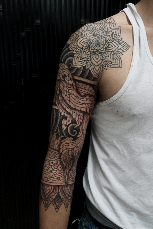 fazing:  This is such a perfect sleeve omfg