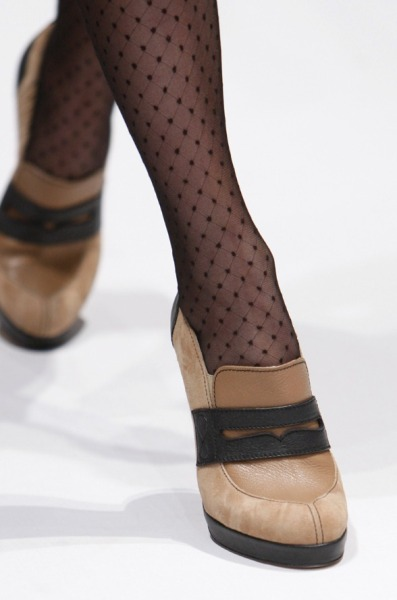 oscarprgirl:  added to my fall list: beige high-heeled loafer