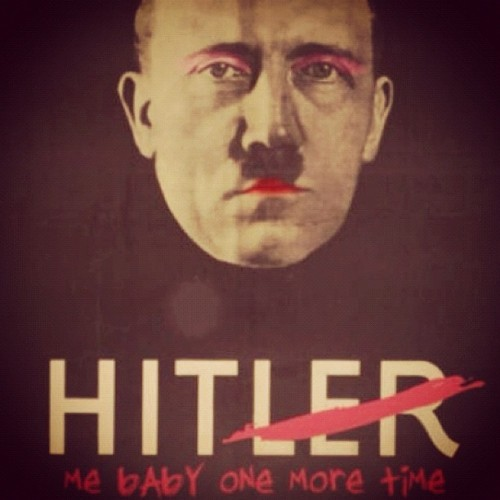 HAHAHAHA #britneyspears #hitler #music #funny (Taken with instagram)