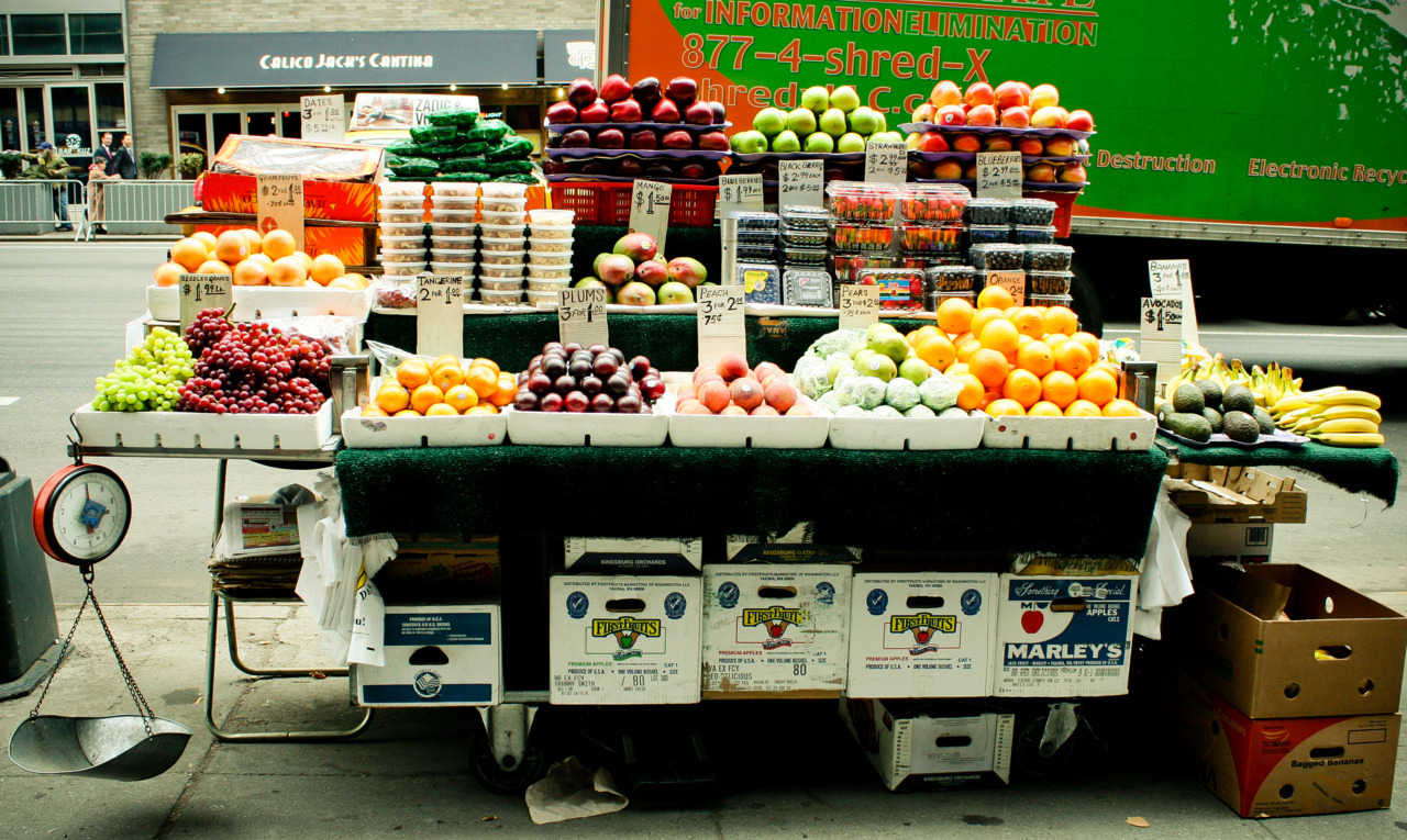 bildstreifen:  New York street fruit New York, NY