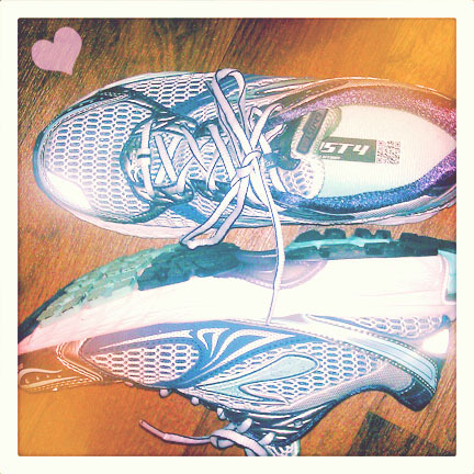 My running buddies: Brooks' Ghost 4. Tell me: iPhone? special running app? What do you have to have for your workout?