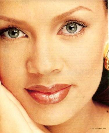 Vanessa Williams: Beauty Retrospective