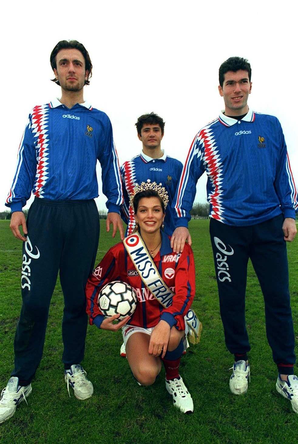 Dugarry, Lizarazu and Zidane with Miss France, 1995.