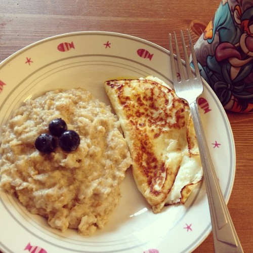 Protein loaded breakfast. Good morning tumblr. :) [Edit] I would like to add.. no soreness from yesterdays run (stretching & icebaths work?!)
