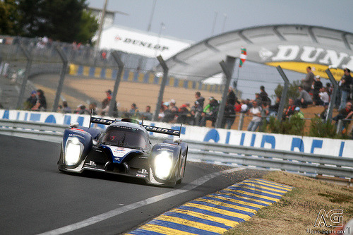 My time has reach the limit Starring: Peugeot 908 (by Alexis Goure)
