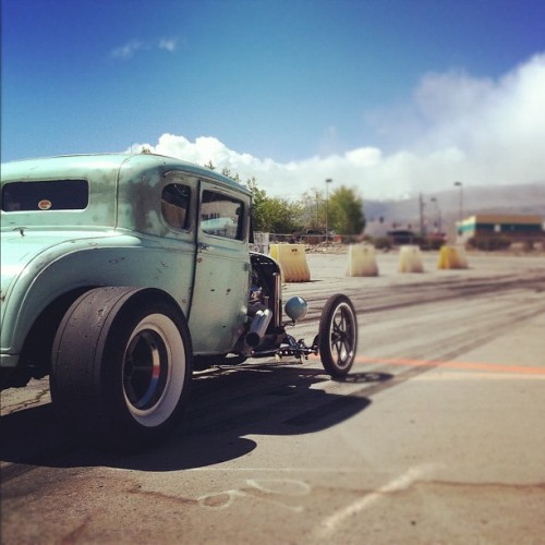 #ford #ratrod #hotrod #reno #instadaily #iphone4 #iphoneography #instadaily #vintage #retro #cars (Taken with instagram)
