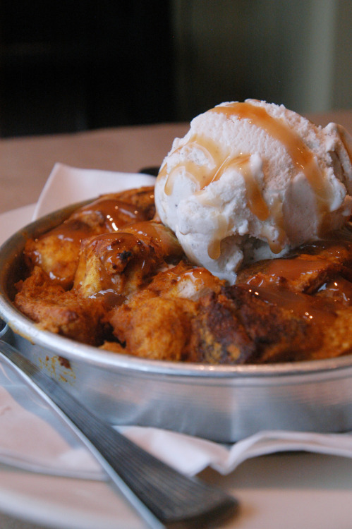 joshkeown:  On Location: Pumpkin Bread pudding at Eddie's in Cleveland.  I want some yumm